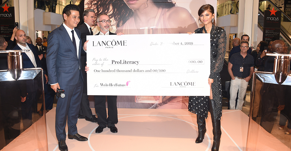 Lancôme and ProLiteracy Partner to Increase Women's Literacy Skills